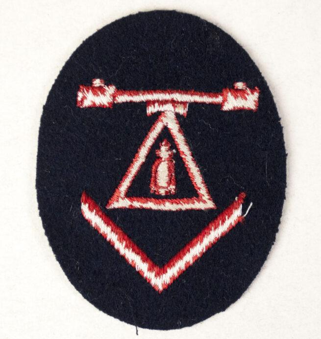 Kriegsmarine (KM) Entfernungsmesser mit Seeziel- und Fla.-E-Messausbildung abzeichen