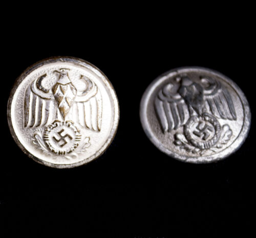 Two WWII German Diplomatic Corps or RMBO buttons (Assmann)