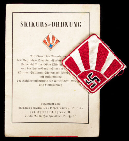 WWII German Ski-Kurs Ordnung booklet and rare emblem