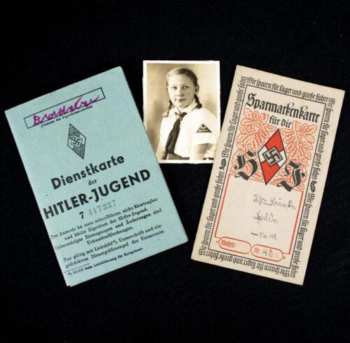 Hitlerjugend (HJ) Dienstkarte + Sparmarkenkarte + Photo from a BDM girl
