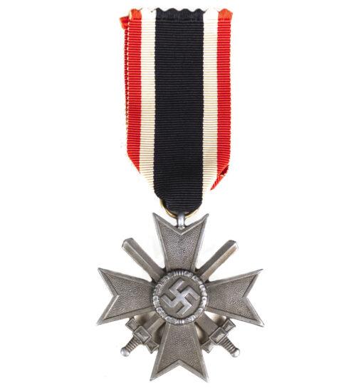 """Kriegsverdienstkreuz (KVK) mit Schwerter War Merit Cross with swords """"64"""" (Gottlieb Keck & Sohn)"""
