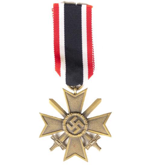 Kriegsverdienstkreuz mit Schwerter (KVK) War Merit Cross with Swords