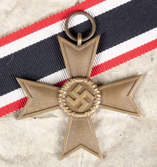 Kriegsverdienstkreuz ohne Schwerter (KVK) / War Merit Cross without Swords + original packing paper