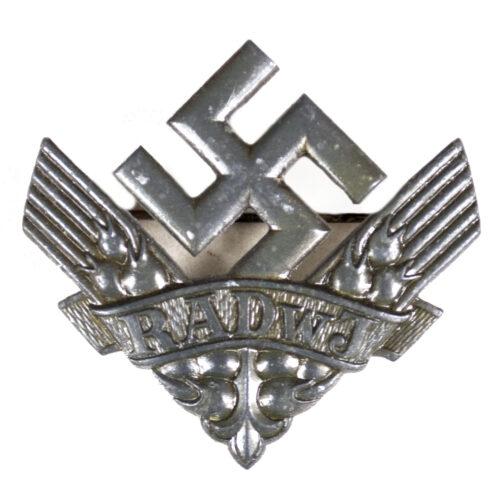 Reichsarbeitsdienst der weiblichen Jugend (RADwJ) brooch
