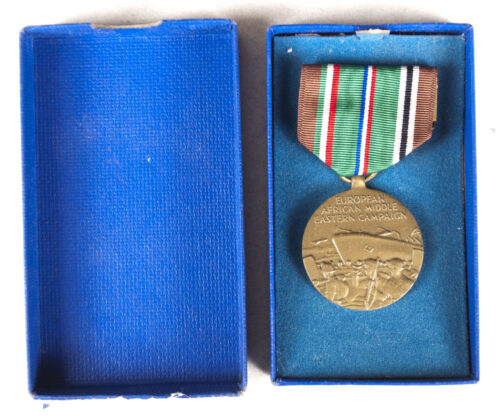(USA) European, Afrika, Middle Wastern Campaign medal + case