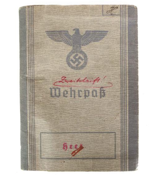 Wehrpass Heer (Zweitschrift) 3. Kompanie Bau Ersatz Battailon 6 (Very full filled in!)