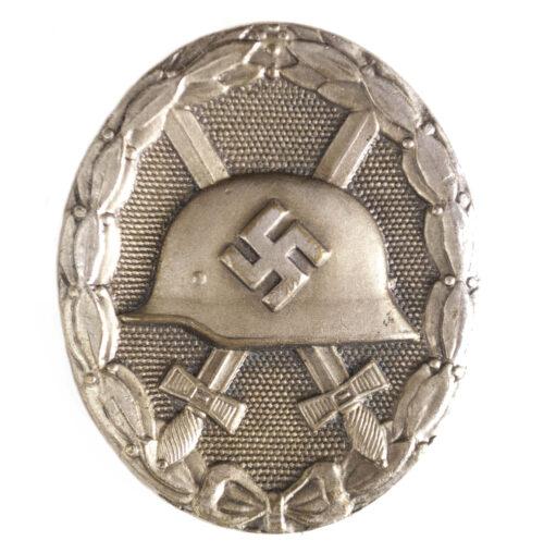 Woundbadge in silver Verwundetenabzeichen Silber (buntmetal)