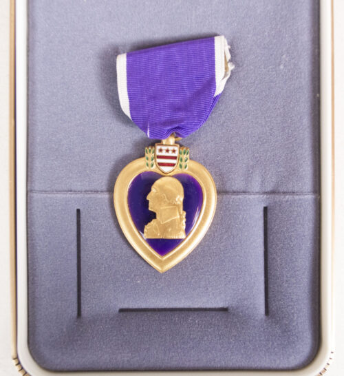 USA Purple Hearth medal + ribbons in case