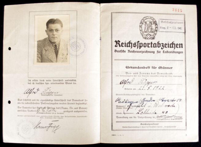 DRL Deutsches Reichssportabzeichen in bronze Urkundenheft with Passphoto