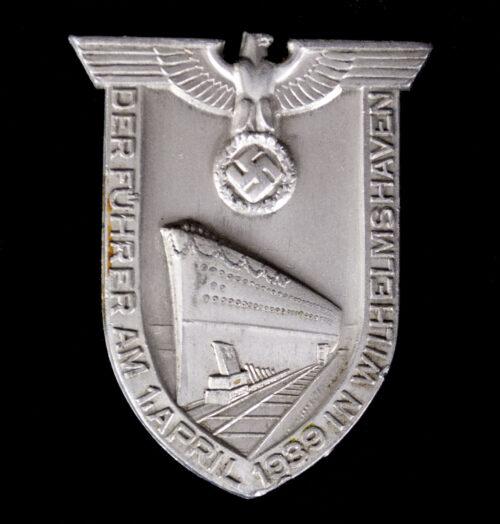 Der Führer am 1 April 1939 in Wilhelmshafen abzeichen