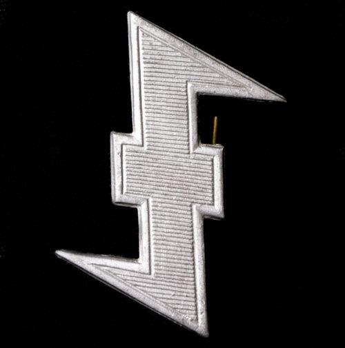 Dutch SS Germanic SS Visorcap Wolfsangel insignia