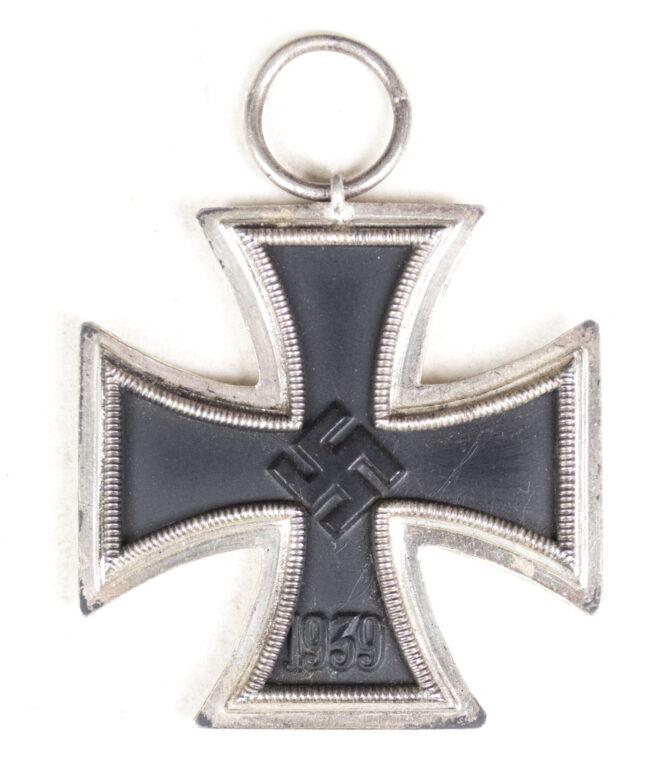Eisernes Kreuz Zweite Klasse (EK2) Iron Cross second class (Maker Julius Mauer)