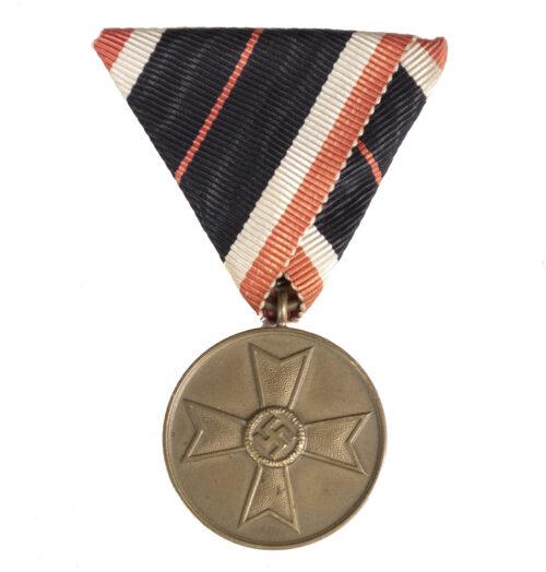 Kriegsverdienstmedaille an Dreieicksband War Merit Medal Austrian mount (RARE!)