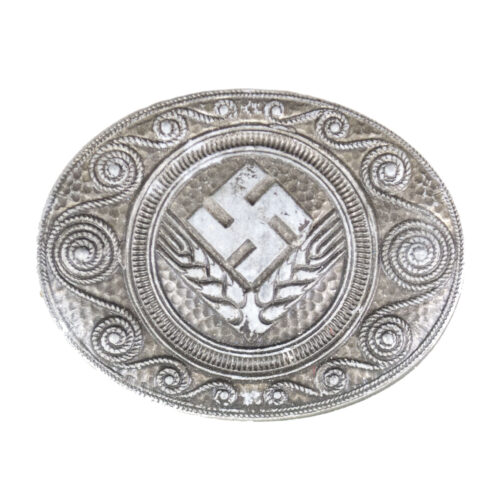 Reichsarbeitsdienst (RADw) female brooch (maker J.B.U.Co)