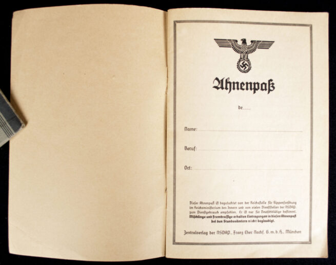 WWII German Ahnenpass (ancestry pass)