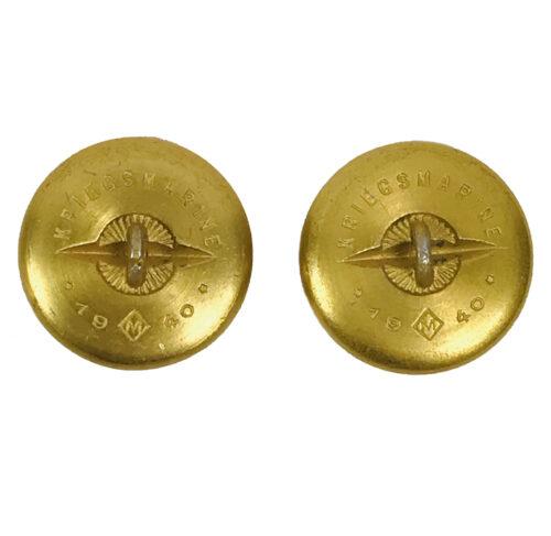 2 Kriegsmarine Tunic buttons (1940)
