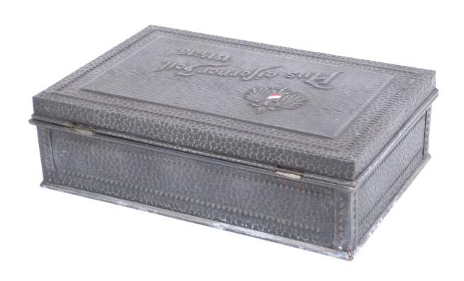German WWI patriotic cigarette box Aus Eiserner Zeit 1914-1916