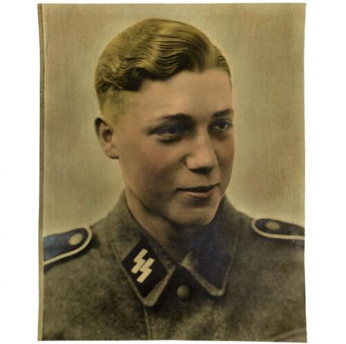 Large SS color portrait (30 x 24 cm)