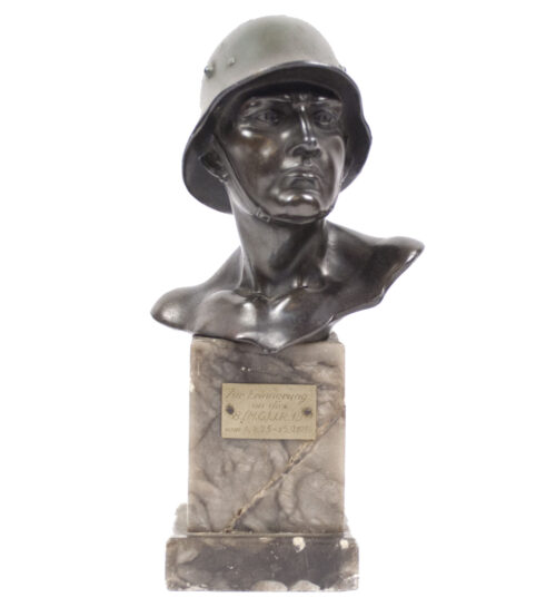 Wehrmacht (heer) Soldier bust on marble base 8.(M.G.) I.R.15 (1934)