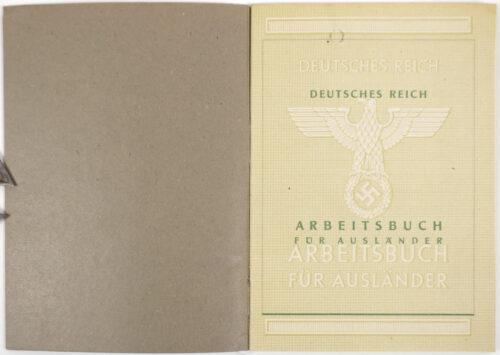 Arbeitsbuch für Ausländer (Ukrainer) with passphoto