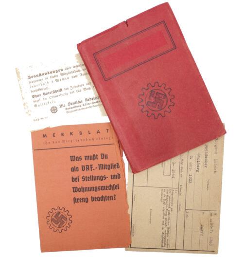 Deutsche Arbeitsfront (DAF) Mitgliedsbuchmemberbook + very rare cover