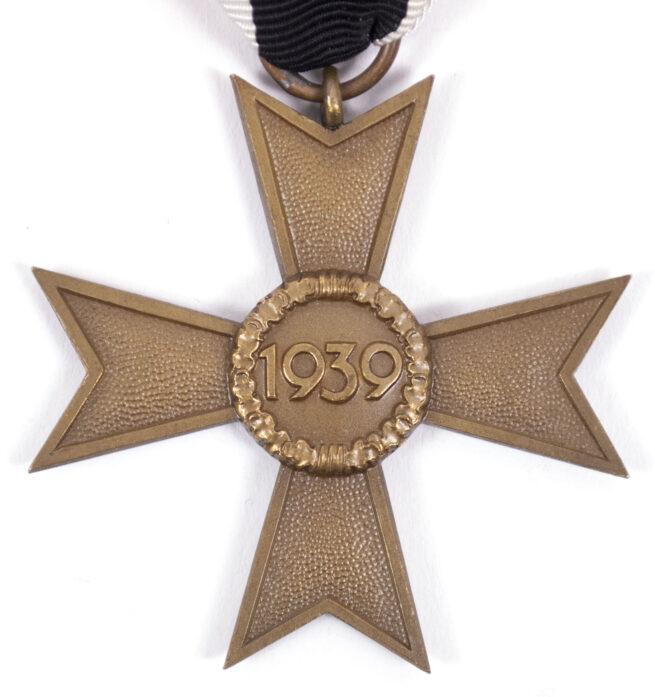 Kriegsverdienstkreuz (KVK) Ohne Schwerter War Merit Cross without swords