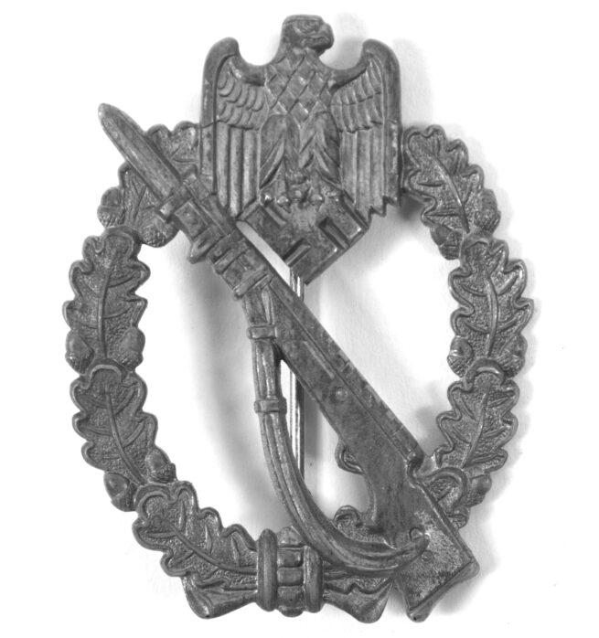 Infanterie Sturmabzeichen (ISA) Infantry Assault badge (maker Zimmermann)