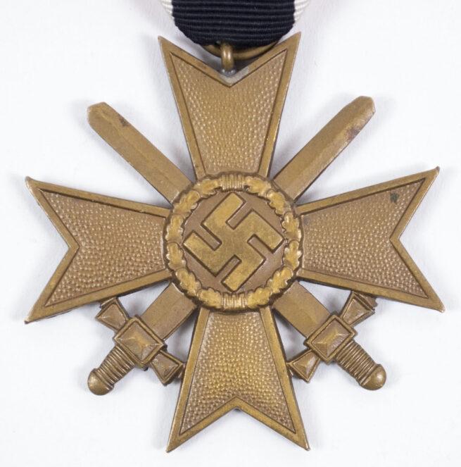 Kriegsverdienstkreuz mit Schwerter War Merit Cross with swords