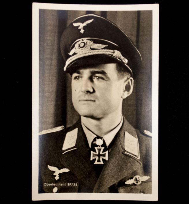 (Postcard) Ritterkreuz mit Eichenlaub Träger Oberleutnant Späte