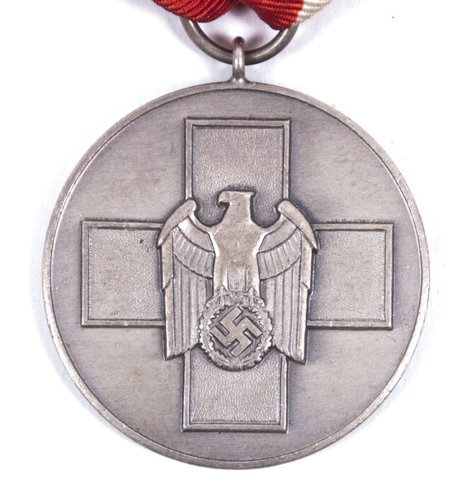 WWII Volkspflege (Social Welfare) medal with needle