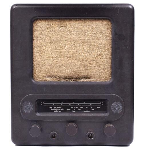 German WWII RadioVolksempfanger - VE 301 DYN