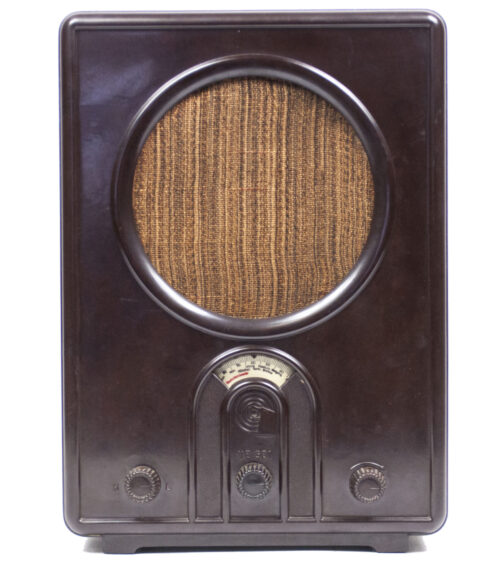 German WWII RadioVolksempfanger - VE 301GW (1933)