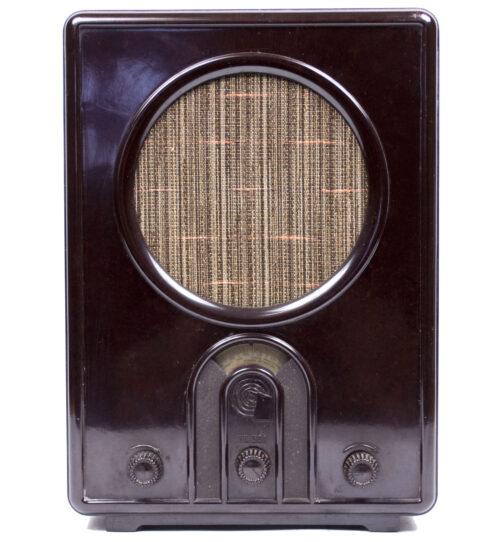 German WWII RadioVolksempfanger - VE 301Wn (1933)