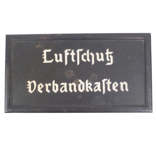 Luftschutz Verbandkasten (metal)