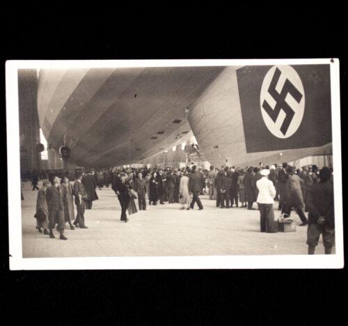 (Postcard) WWII Zeppelin