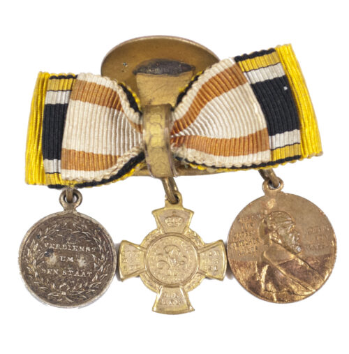 (WWI) Triple miniature buttonhole medalbar