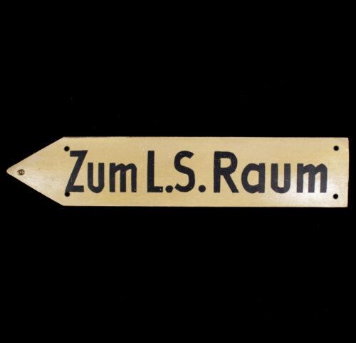 WWII Luftschutz Zum L.S. Raum sign (IT STILL GLOWS!)