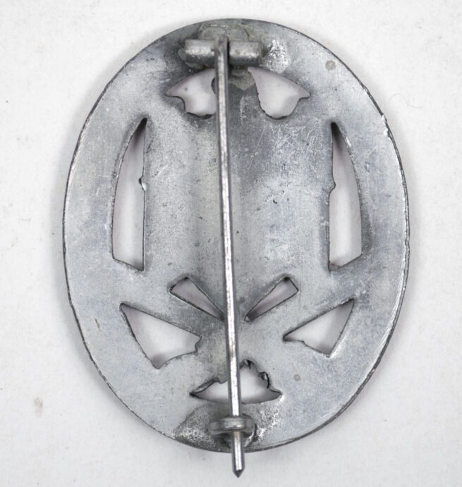 General Assaubadge (GAB) Allgemeines Sturmabzeichen (ASA) mint condition, by maker Juncker