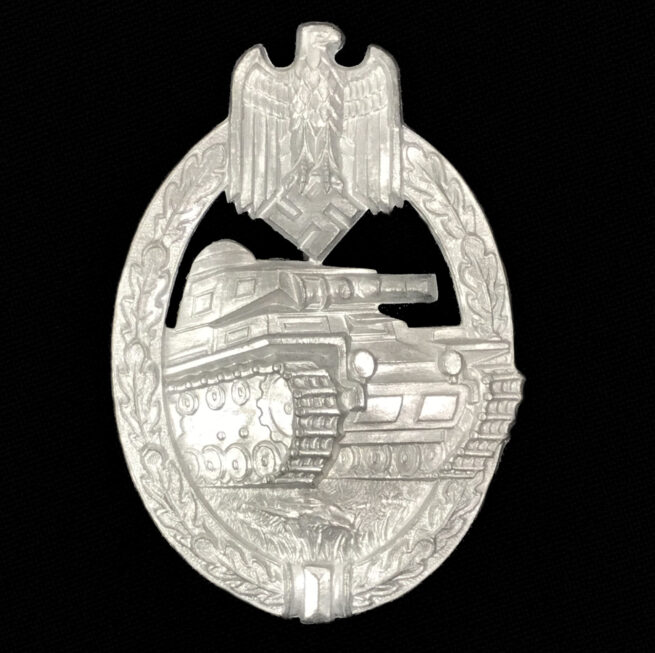 Panzerkampfabzeichen (PKA) Panzer Assault Badge (PAB) by Hermann Aurich (Unworn!)