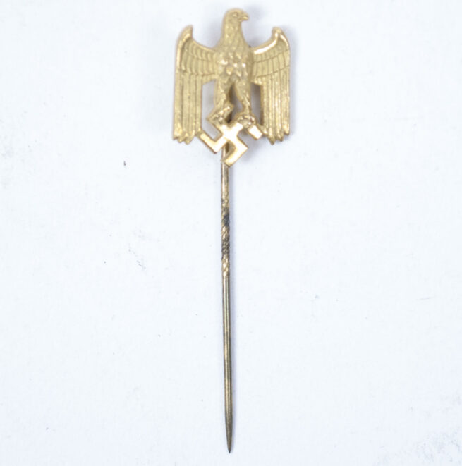Wehrmacht (Heer) eagle stickpin in gold color