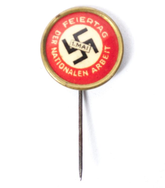 NSDAP - 1. Mai Feiertag d. nat. Arbeit abzeichen (very rare!)