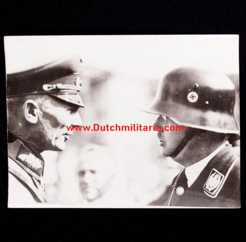 (Pressphoto) Heinrich Himmler and General von Bock