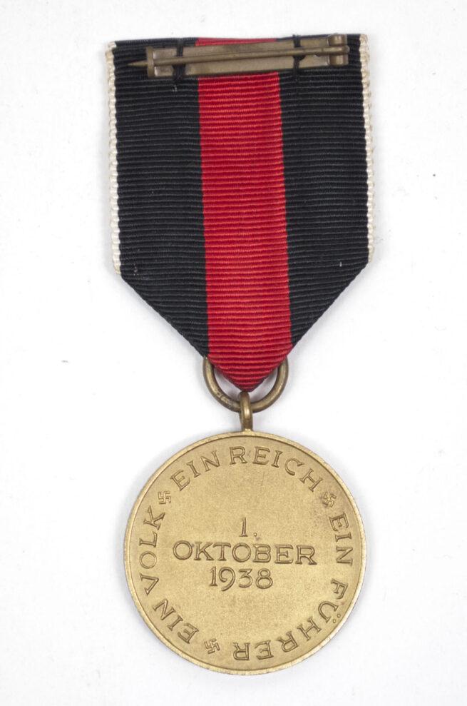 Sudetenland Annexation medal + case