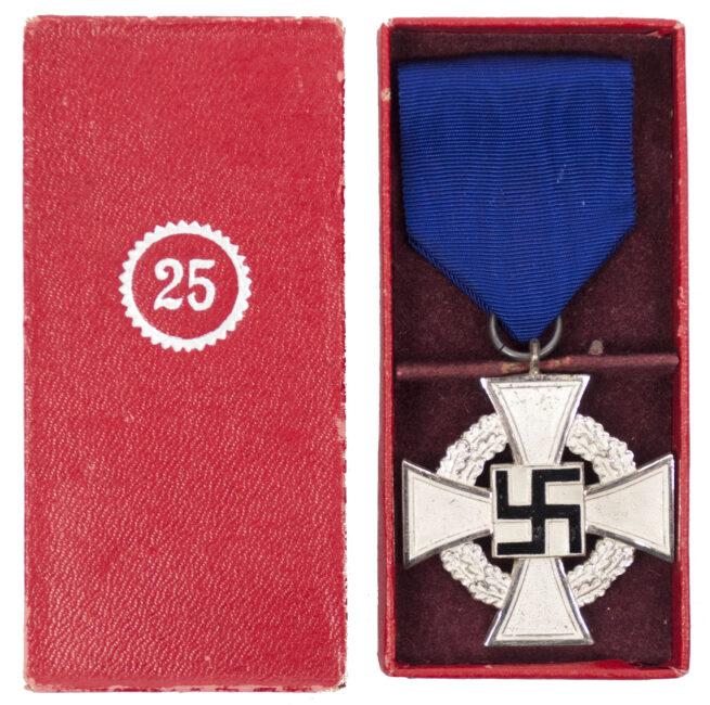 Treue Dienst 25 Jahre + Etui Loyal Service 25 years + case