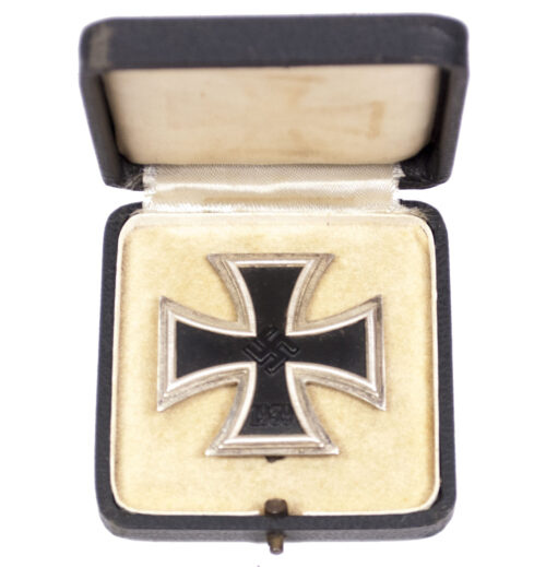 WWII Eisernes Kreuz mit Etui(EK1) Iron Cross + Case (Maker 20)