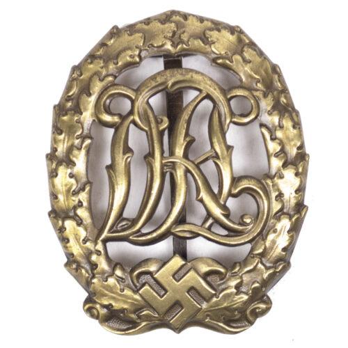 Deutsches Reichssportabzeichen (DRL) maker Hensler, Pforzheim