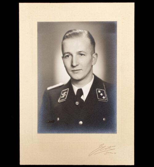 (Photo) SS-Untersturmführer portrait