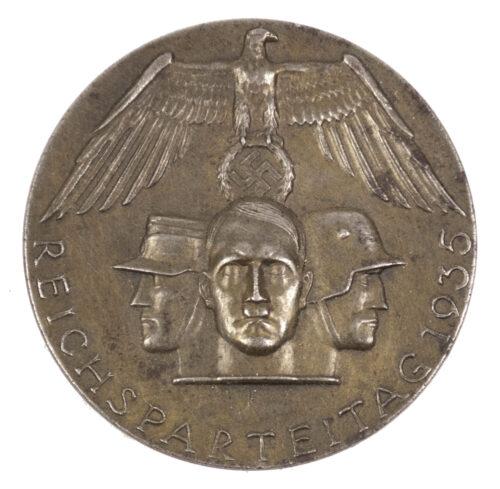 Reichsparteitag 1935 abzeichen (maker Balmberger)