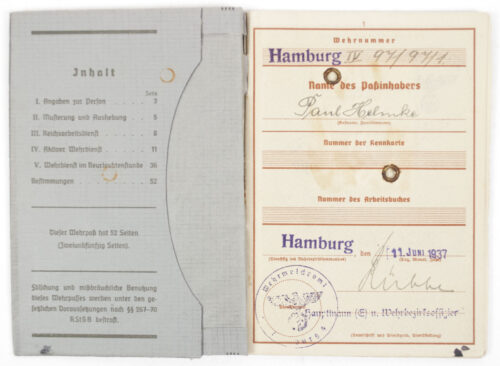 Wehrpass (Heer) first type with passphoto
