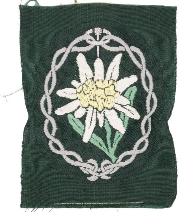 BeVo Gebirgsjäger Edelweiß insignia